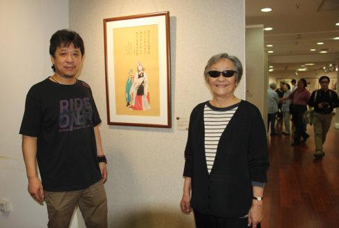 书画家陈石松与法国使馆参赞Fabyene MANSENCAL女士